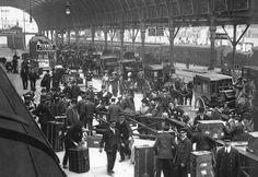 Paddington Station London, c.1900.
