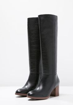 Riding Boots, Shoes, Fashion, Horse Riding Boots, Moda, Zapatos, Shoes Outlet, Fashion Styles, Shoe