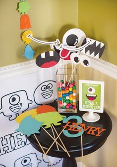 Kids Party Hub: Cute Little Monster Party Ideas Little Monster Birthday, Monster Birthday Parties, 3rd Birthday Parties, Birthday Ideas, Theme Parties, 1st Birthdays, Happy Birthday Minions, 1st Boy Birthday, Monsters Inc