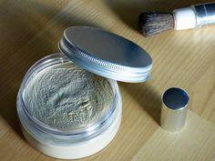 Pour gagner du temps le matin, épargner des brushings dévastateurs à mes cheveux, moins exposer mon cuir chevelu aux produits détergeants, m...