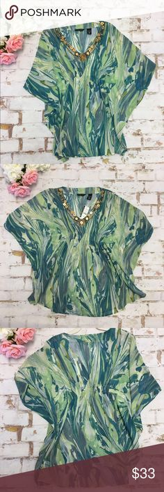 Green multicolor Chiffon Butterfly Top XS NWT New you're and company New With Tags New York & Company Tops Tunics