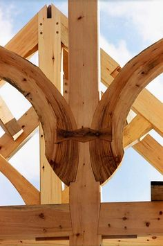 Beautiful braces from Wise Owl Joinery in Port Williams, Nova Scotia  https://www.wiseowljoinery.com/gallery/?utm_content=buffer166e3&utm_medium=social&utm_source=pinterest.com&utm_campaign=buffer