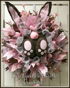 Pink and brown deco mesh bunny butt wreath by Twentycoats Wreath Creations (2017)