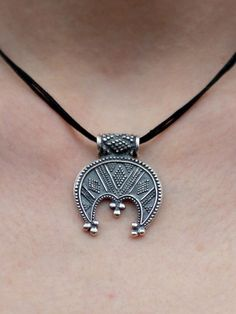 Silver pendant crescent – Slavic pagan female guardian, a symbol of fertility and prosperity. 90$
