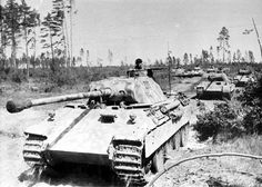 Multiple German panthers attacking. #WorldWar2 #Tanks