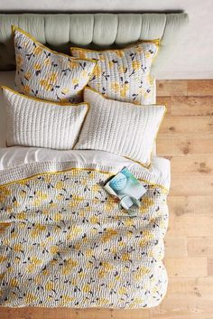 NEW ANTHROPOLOGIE Dinora Coverlet Queen Quilt Yellow Buttercup Cotton Bedding…