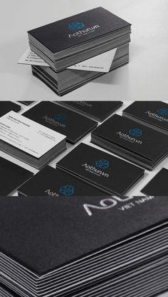 A continuación les presento algunas tarjetas de presentación creativas como método de inspiración. Como siempre digo que para un diseñador su cliente mas difícil es el mismo. Somos muy exigentes co...