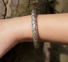Antique Tribal Chinese Repousse Silver Bangle Bracelet #silverbangle #asiandesign #chinesebracelet #silverbracelet #etsygift #tribaljewelry