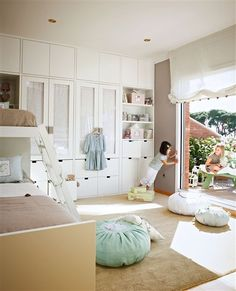 Love this EL Mueble article about organizing a kid's room.