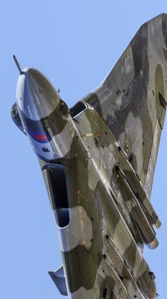 rocketumbl: Avro Vulcan - British Eevee A few varied photos that I like Military Jets, Military Aircraft, Military Weapons, Fighter Aircraft, Fighter Jets, V Force, Aircraft Images, Avro Vulcan, Delta Wing