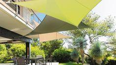 Comment installer une voile d'ombrage sur une terrasse ?