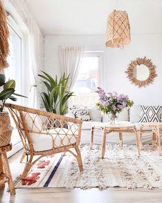 Linon Home Decor Boho Chique, Estilo Boho Chic, Estilo Tropical, Living Room Remodel, Living Room Decor, Home Decor Inspiration, Boho Aesthetic, Boho Style, Boho Fashion