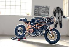 GUSTOADULTO        MARCO'S DUCATI MONSTER http://collectori.tumblr.com