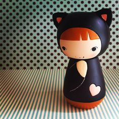 Kitty kokeshi -------- #japan #japanese #kokeshi