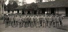 Detachement van het Oost Indische Leger KNIL dat bij de begrafenis van Generaal Van Heutsz op 9 juni 1927 aanwezig is. Bron: Het Leven, Spaarnestad Photo