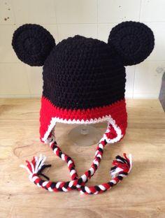 Mickey Mouse Chapéu com Personagens Disney Crochê -  /   Mickey Mouse Disney Character Hat Crochet -