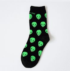 [Cosplacool]New Cotton Casual Socks For Women Men Cat Alien Socks Hip Hop Harajuku Skateboard Happy Socks Funny Socks Sox Harajuku, Nylons, Aliens Funny, Accesorios Casual, Calf Socks, Men's Socks, Ankle Socks, High Socks, Funky Socks