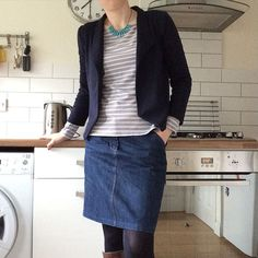day 5  of #mmmay16 another headless selfie this time in a #grainlinestudio #mossskirt and #morrisblazer #memadeeveryday  by jens.ks
