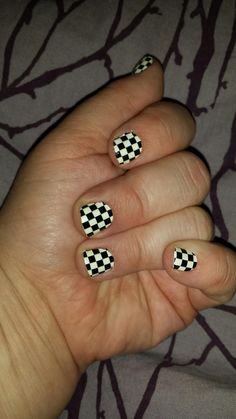Lately I have been all about nail polish strips. They are easier to apply than actual nail polish an I find they last a lot longer on my nails than actual nail polish.If you aren't familiar …