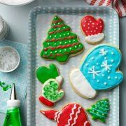 Sugar Cookies, Butter Cookies and Shortbread& the Difference? Christmas Cutout Cookie Recipe, Easy Holiday Cookies, Best Christmas Cookies, Christmas Baking, Christmas Fun, Vintage Christmas, Christmas Treats, Xmas Cookies, Holiday Baking