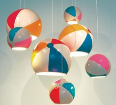 Beach Ball Lamp Mesh Metal Lamp Light Bulb Lamp Creative lamps can light up any room. Using a light fixture as focal point can bring. Lampe Ballon, Diy Lampe, Do It Yourself Baby, Beach Shack, Ball Lights, Beach Ball, Deco Design, Home And Deco, Lamp Shades