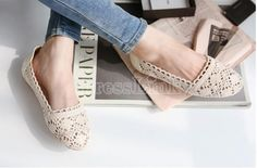 $8.44 European Style Women's Sweet Hollow Out Knitting Wool Splicing Flat Shoes