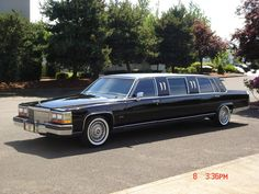 1989 Cadillac Fleetwood Brougham Limousine Vintage Cars, Antique Cars, Cadillac Fleetwood, Limousine, Buick, Cars And Motorcycles, Luxury Cars, Chevy, Classic Cars