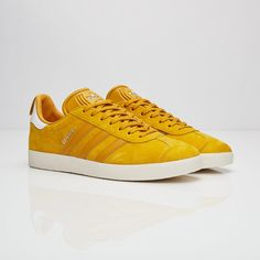 buy popular f781e 5f099 14 bästa bilderna på Shoes i 2019   Adidas sneakers, Slippers och ...