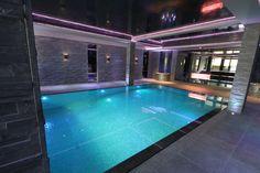 Exquisite indoor swimming pool design