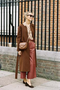 Vanessa Jackman: London Fashion Week SS 2016 - lovely uncommon color combination
