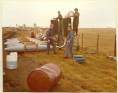 Falklands War, War Machine, Military History, Memoirs, Photo Art, Evolution, Photos, War, Fighter Jets