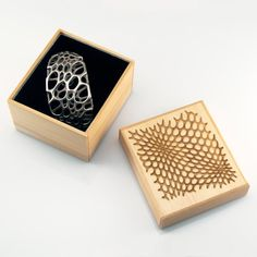 Spiral Cuff - 3dprinted stainless steel jewelry, by Nervous System