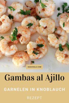 Ein #Rezept für #Garnelen in Knoblauch oder auf Spanisch#Gambas al Ajillo. In Spanien sind die Garnelen eine populäre #Tapa. Man bereitet und serviert sie traditionellerweise in einer speziellen Tonschale. Die Gambas werden mit Chilischoten und Salz angebraten und zum Schluss mit etwas gehackter Petersilie bestreut. Ganz gut passen dazu ein frisches Baguett und Weißwein. #Abendessen #Gambasalajillo #essen #Meeresfrüchte #spanischeKüche #Tapas #food #recipe #kochen #Rezepte #seafood Tapas, Shrimp, Meat, Food, Garlic Prawns, Garlic Recipes, Garlic Shrimp, Browning, Spanish Kitchen