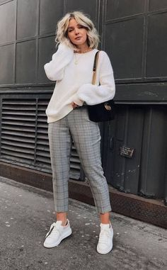 20+ Chic Outfit Ideas for Work ⋆ Cocktails and Code. Look Casual Otoño, Casual Fall Outfits, Stylish Outfits, Autumn Outfits, Work Outfits, Outfit Work, Work Attire, School Outfits, Casual Chic