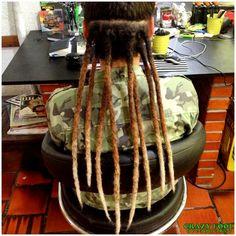Dreads nos cabelos de Kauana de Porto Alegre/RS