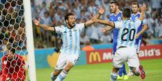 Las mejores fotos de la victoria Argentina. Mirá las imágenes del triunfo en el debut de la Selección contra Bosnia. http://www.diarioveloz.com/c126059