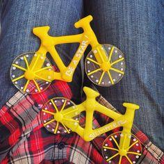 """Поехали кататься!!! Стеклянные сувениры """"велосипеды"""". Цветное стекло, фьюзинг, роспись"""