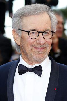 Der unangefochtene Meister der Filmwelten - Der dreifache Oscar-Preisträger Steven Spielberg feiert am Sonntag seinen 70. Geburtstag. Mehr dazu hier: http://www.nachrichten.at/nachrichten/kultur/Der-unangefochtene-Meister-der-Filmwelten;art16,2432100 (Bild: EPA)