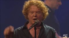 Simply Red - Something got me started + If you don't know me by now - Montreux 2016 Mick Hucknall, Simply Red, Pop Bands, Singer, Simple, Music, Youtube, Songs, Musica