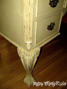 Annie Sloan Painted Desk - Distressing the paint brings out all the lovely details!!!