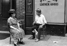 Helen Levitt  'New York, c.1940′