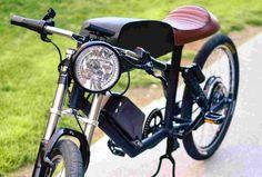 カフェレーサーをイメージした電動アシスト自転車「CR-T1」                                                                                                                                                                                 もっと見る