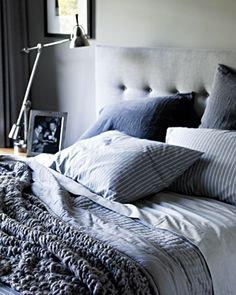 Every man's bed should be this stylish - boys take note! (Right @Nathan Porter + Quarter !) #decor #masculinestyle