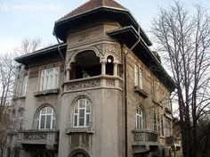Neoromanesc My Town, Bucharest, Byzantine, Wonderful Places, Places To See, Seaside, Tourism, Art Deco, Mansions