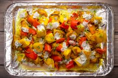 Here we present our version of a traditional North Indian smoky tandoori chicken dish where we've also added some nutritionally beneficial ingredients like pineapples and coconut oil instead of the traditional cholesterol-rich butter. Cumin Chicken, Butter Chicken, Tandoori Chicken, Delicious Dinner Recipes, Lunch Recipes, Eating Healthy, Healthy Food, Pineapple Chicken