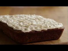 5 Star Carrot Cake With Cream Cheese Icing Video Recipe Cake With Cream Cheese, Cream Cheese Frosting, Carrot Cake Muffins, Making Essential Oils, Shoulder Workout, Frostings, Allrecipes, Family Meals, Food Videos