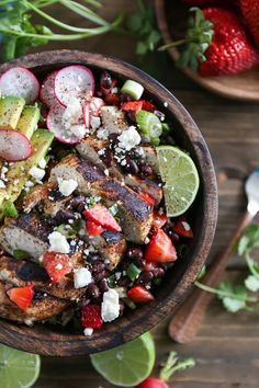 Balsamic Grilled Chicken with Strawberry Black Bean Salsa - a fresh and vibrant meal perfect for weeknight dinners @harryanddavid #ad #recipe #glutenfree
