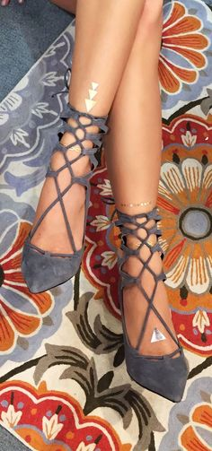 2016 Shoe Must-Haves! Find similar looks on www.girlonthemove.net