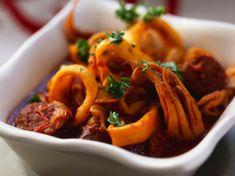 Découvrez la recette Calamars à la provençale sur cuisineactuelle.fr.