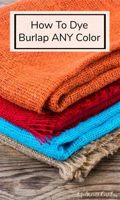 How to dye burlap any colorHow to dye burlap Any color - life should cost lessBurlap craft ideas for Christmas!Burlap craft ideas for Christmas! by Vinita ❤️❤️ - MuselyPrinting on burlap (DIY tutorial)How to print Diy Burlap Bags, Burlap Art, Painting Burlap, Burlap Signs, Burlap Crafts, Fabric Crafts, Burlap Decorations, Dyi Crafts, Clay Crafts